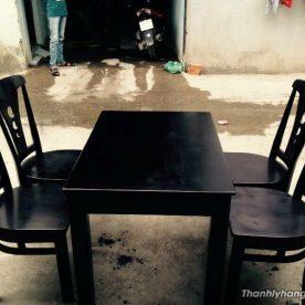 Bàn ghế gỗ nhà hàng mới 90%