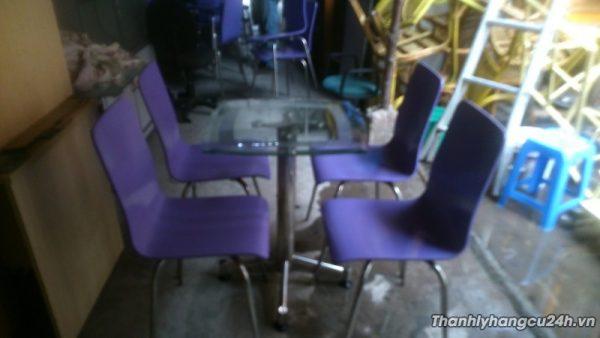 Thanh lý bàn ghế cafe màu tím