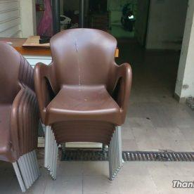 Thanh lý ghế cafe nhựa đúc nâu