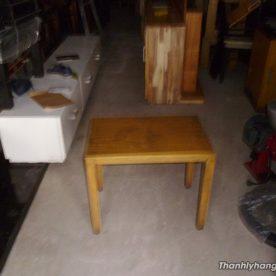 Thanh lý bàn gỗ vuông cafe