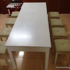 bàn ăn 8 ghế nệm trắng